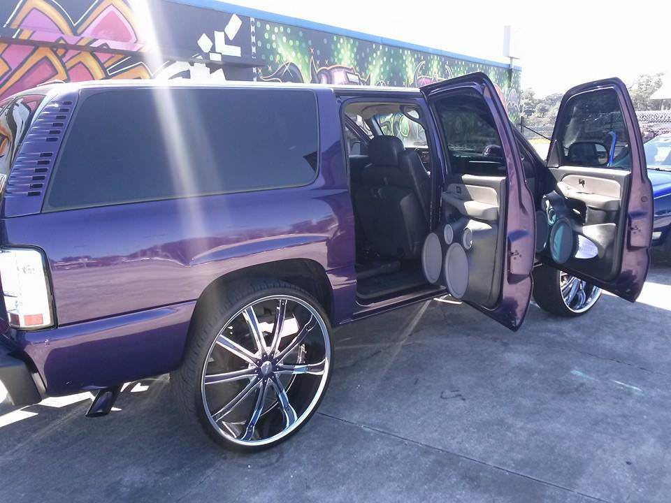 30 Inch Rims On Chevy : Chevy suburban custom front end inch dcenti wheels