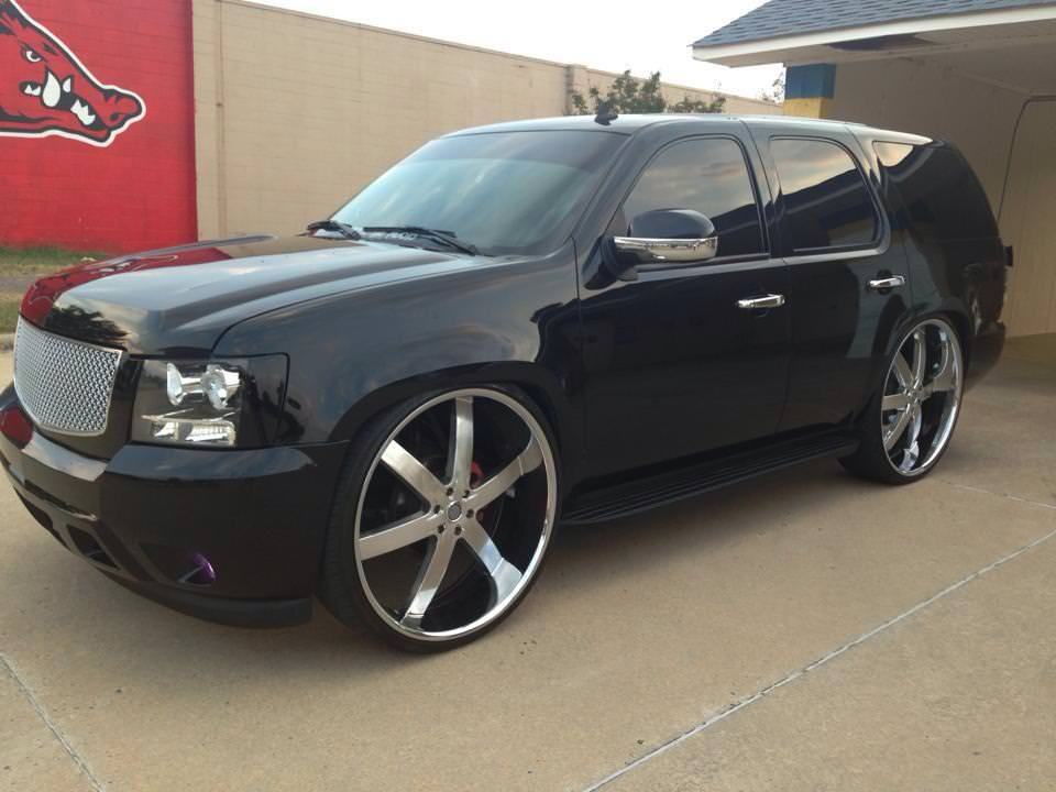 Chevy Tahoe on 28's U2's - Big Rims - Custom Wheels