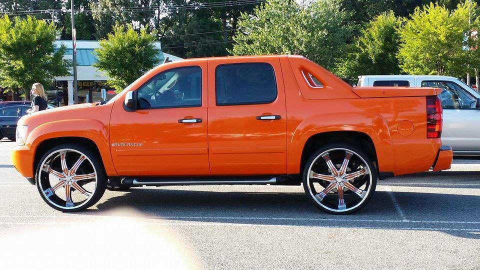 Chevy Avalanche On 28s Big Rims Custom Wheels