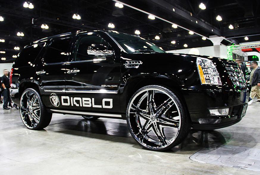 Diablo Elite Chrome Wheels On 2010 Cadillac Escalade Big