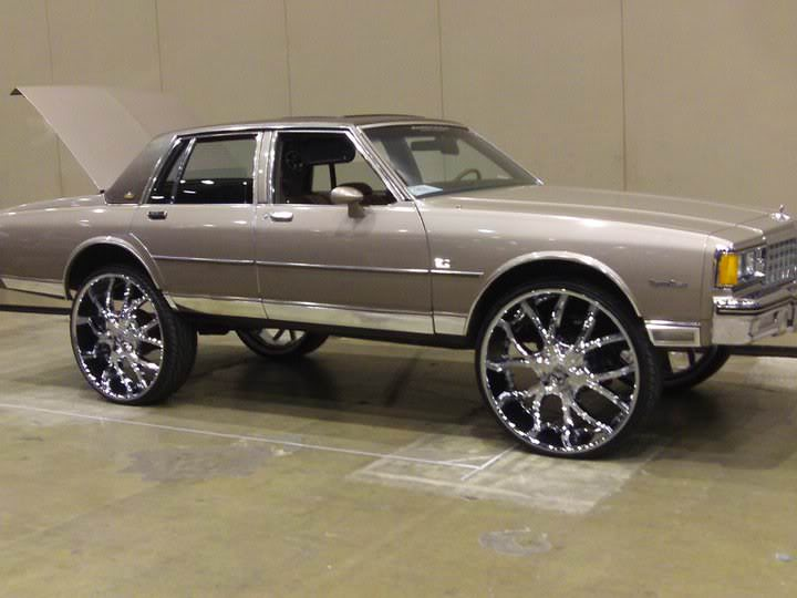 84 Caprice 30 Quot Rims Big Rims Custom Wheels