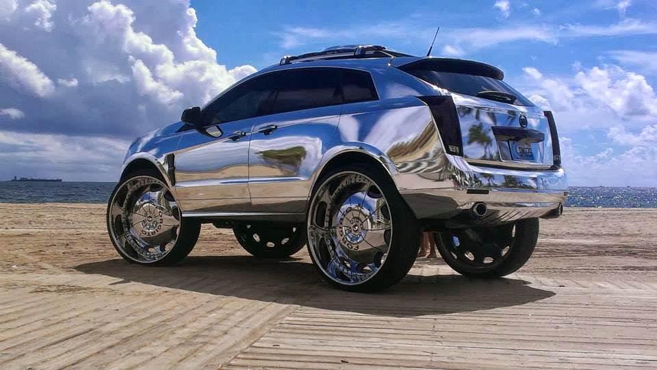 Cadillac SRX All Chromed Riding on 32's - Big Rims ...