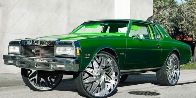 Box Chevy on 32's - Big Rims - Custom Wheels