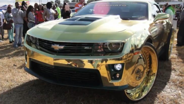 crazy-camaro-zl1-king-all-gold-on-30-inch-wheels-video-52371-7