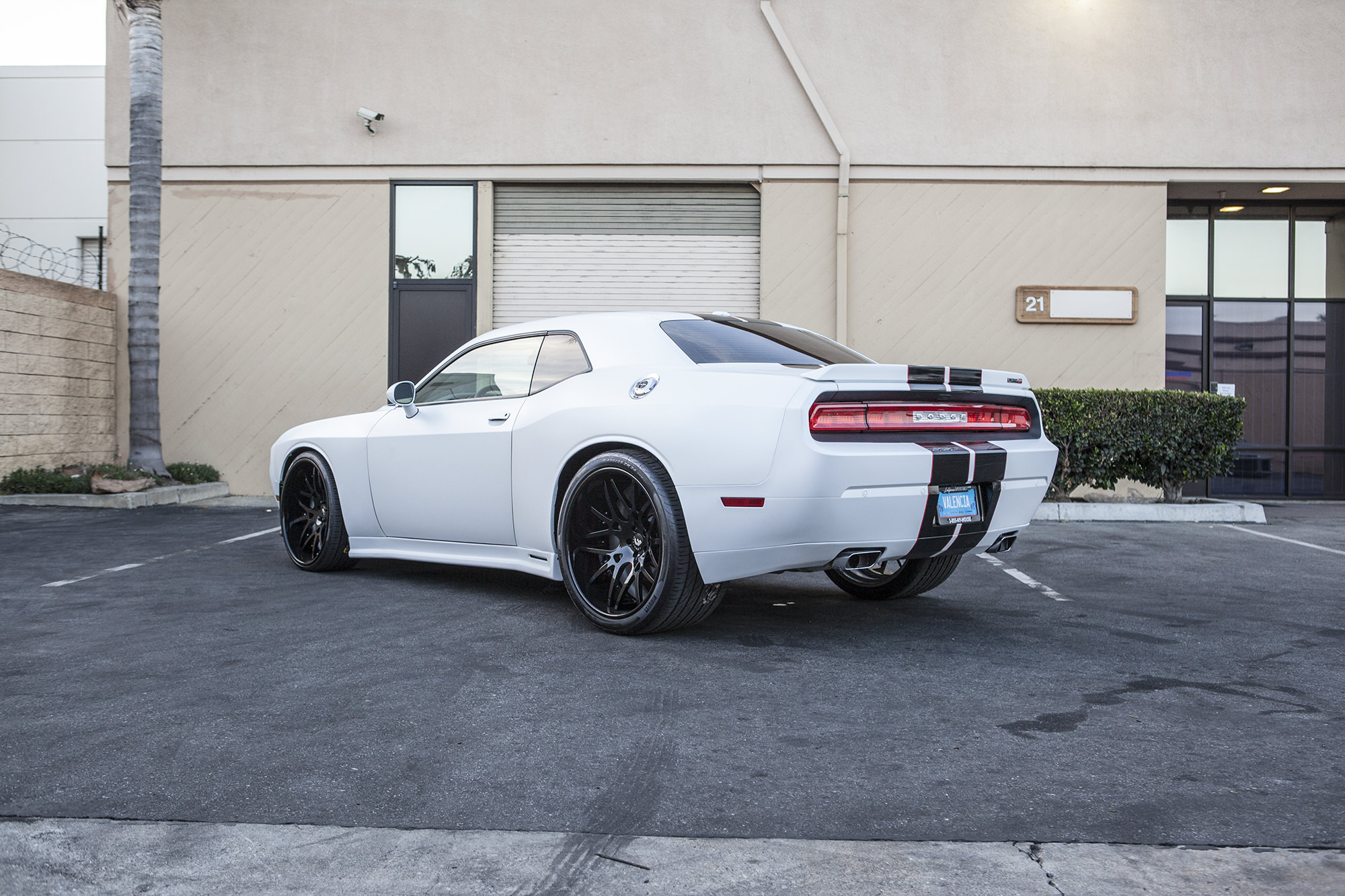 Dodge Challenger 24 Inch Rims >> DODGE CHALLENGER ON 26 INCH FORGIATOS WITH A WIDE BODY KIT - Big Rims - Custom Wheels