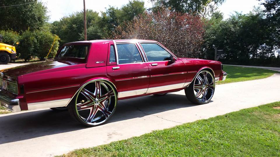 Badass Candy Painted Box Chevy On 30 S Diablo Wheels