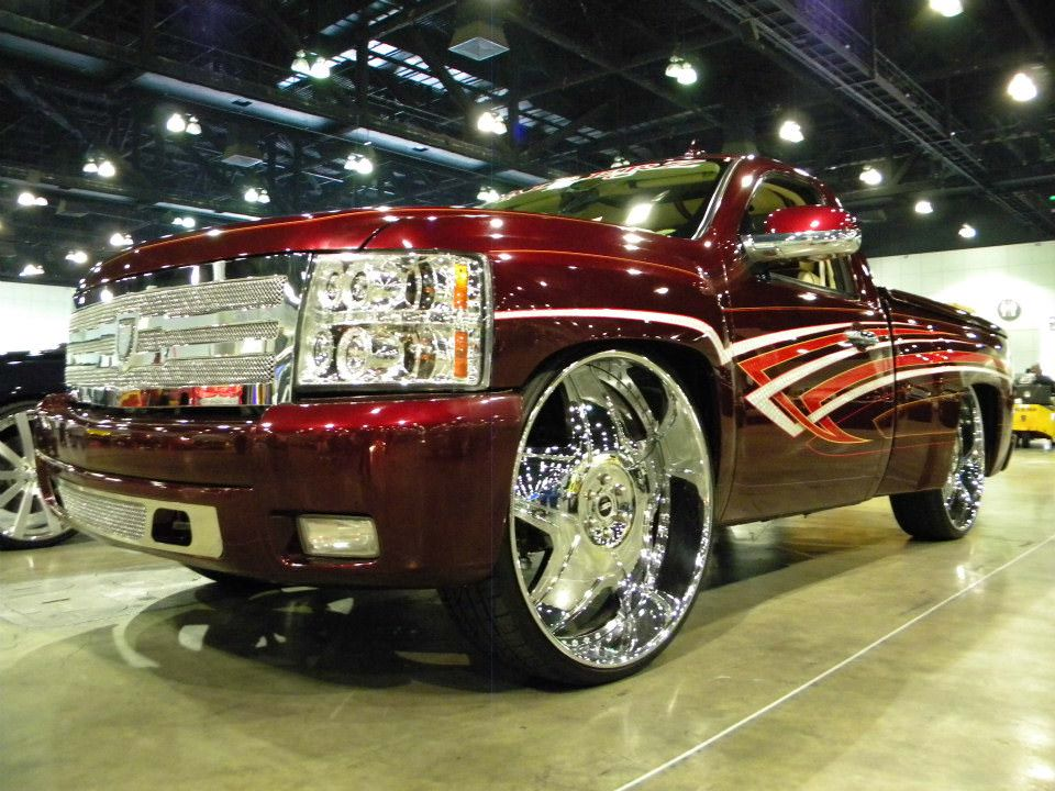 Fully Customized Bagged Chevy on 30's - Big Rims - Custom ...