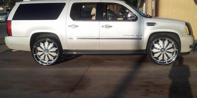 White On White Cadillac Escalade Esv On 28 S Big Rims