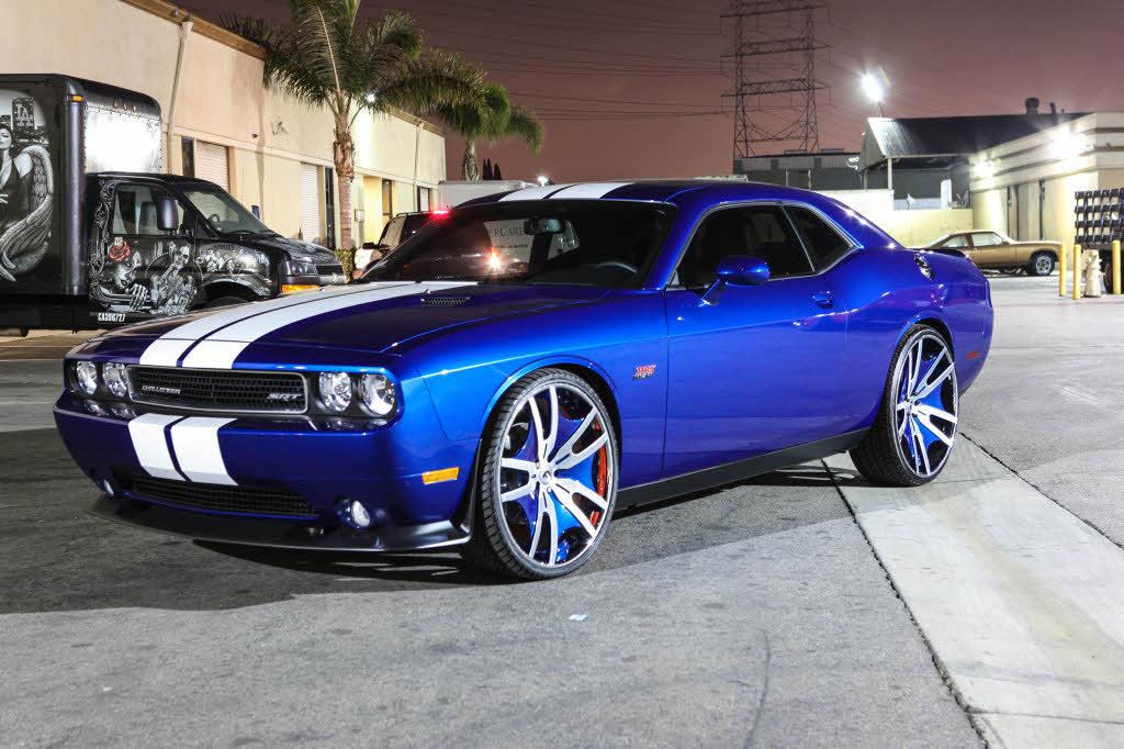 Dodge Challenger 24 Inch Rims >> Dodge Challenger On 26s - Big Rims - Custom Wheels