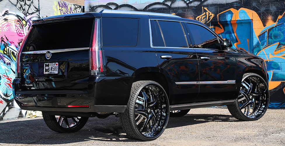 2015 Cadillac Escalade with 30 Inch Forgiato Wheels ...