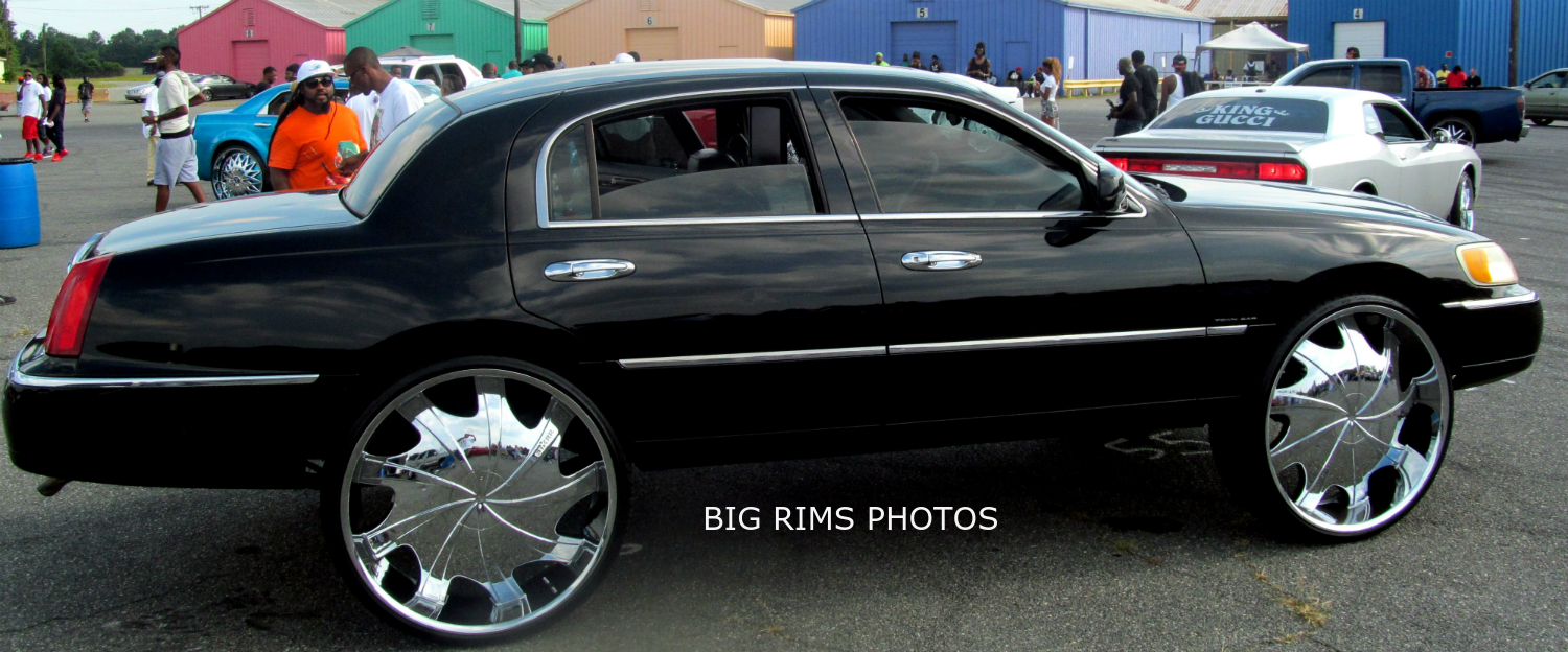 Custom Lincoln Town Car On 30 Rockstarr Wheels Big Rims Custom