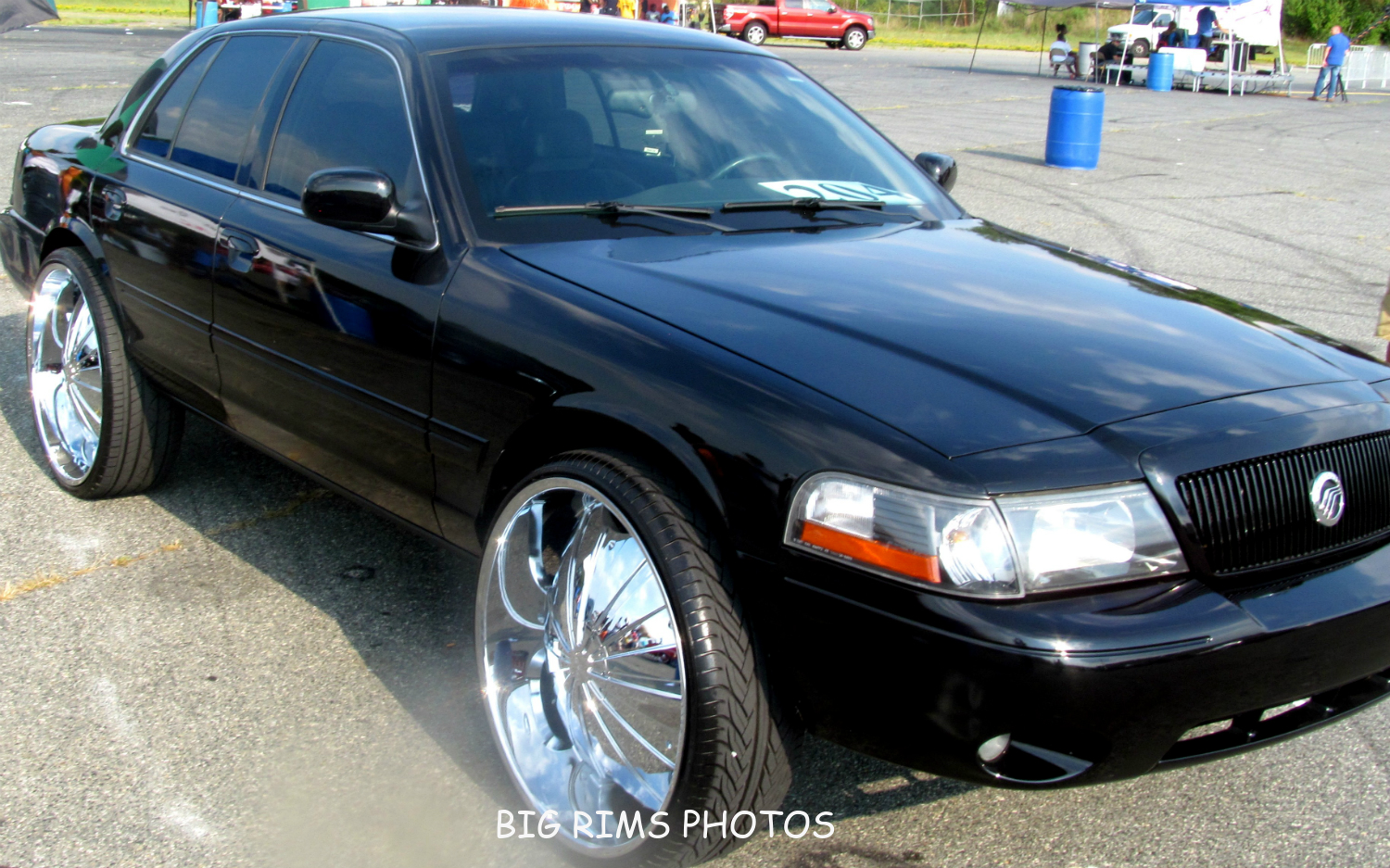 Mercury Marauder On Rockstarr Wheels - Big Rims - Custom ...