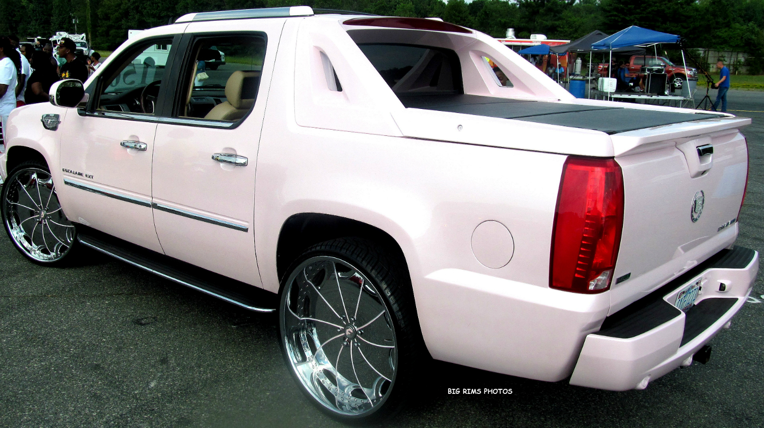 Cadillac Escalade Ext On Forgiato Wheels Big Rims