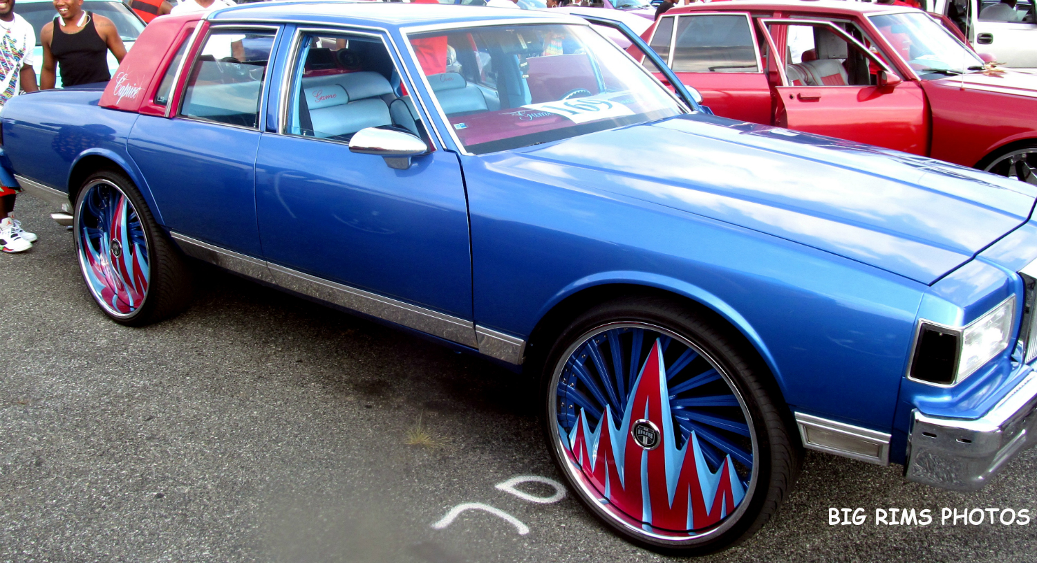 Watch further 4884293028 furthermore Watch besides Watch additionally 17. on chevy impala on 24 inch rims