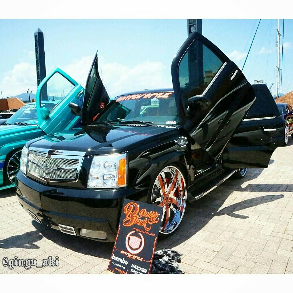 Cadillac Escalade!