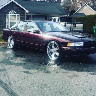 1996 Chevrolet Impala ss $ 12.000 Charlotte, NC - Big Rims - Custom Wheels